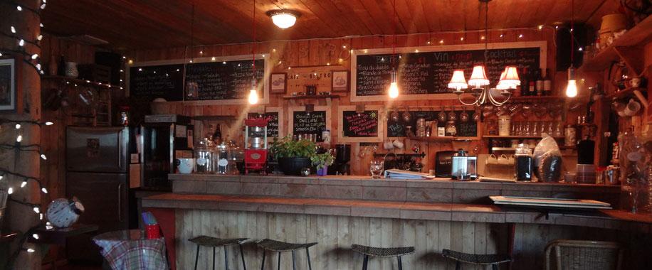 cafe-bistro-village