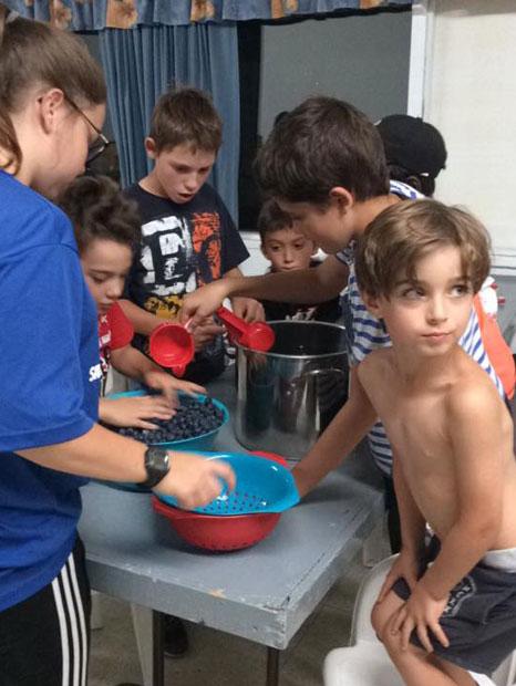 Camp de jour de Saint-Alexis-des-Monts : Bleuets