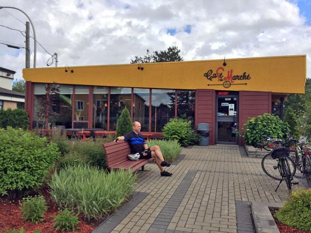 Café du Marché, Saint-Étienne-des-Grès